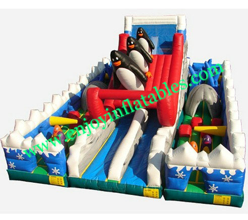 YF-penguin  inflatable playground-35